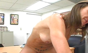 Sugary brown-haired perfection Ryder wants to ride fucker