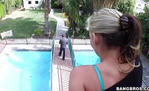 Insatiable blond floosy Phoenix Marie is ready for some very strong penis