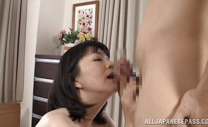 Sinful Hitomi Enjou has the perfect oral-service mouth