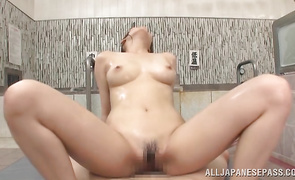 Captivating lady wants to ride dude