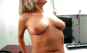Ambitious mature beauty Alexis decided to surprise bf to cheer him up after he cums