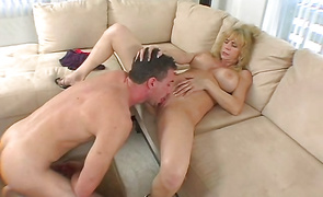 Playful mature Houston Uluvpunani can't live without to suck a dink and get a facial spunk flow