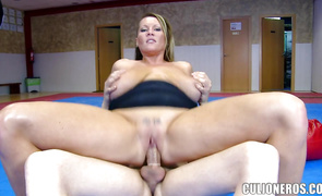 Prurient blond mature Laura impales her meaty cunt on male's cock