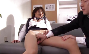 Wicked older playgirl Yuuki Natsume bangs with her hung foreman