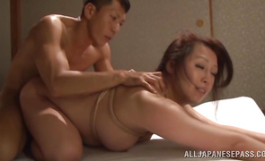 Elegant Neko Ayami is happy when she founnd hard shlong