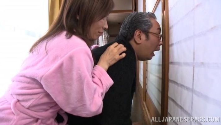 Foxy mature cutie Mika Matsushita's tight pussy is going to make her some specie