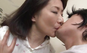 Sugary lady Kaoru Namiki is getting her juicy pussy licked previous to sex