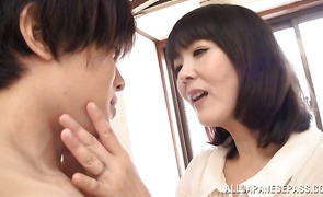 Sex appeal older Hitomi Enjou's skinny cunt is violated by a pulsating prick