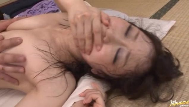Foxy Yuu Kawakami receives a large one-eyed monster in her juicy pussy